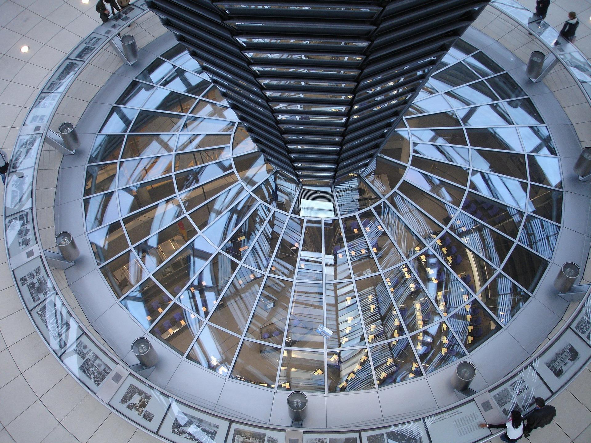 Idea #10 | The exemplary Edge smart office building